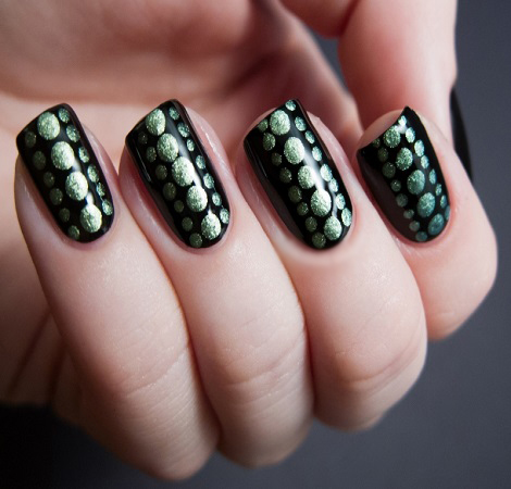 golden dots nail art