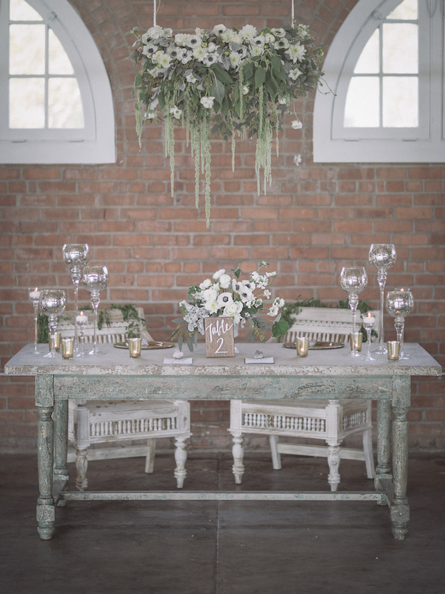 Indoor garden wedding reception | Mike Rose Photography | see more on: http://burnettsboards.com/2015/05/urban-spring/