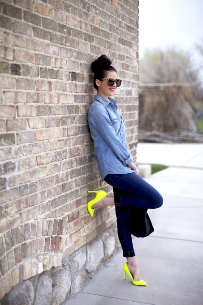 yellow shoes neon