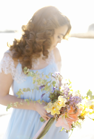 Pastel bouquet | Ann Imagines | see more on: http://burnettsboards.com/2015/05/love-story-pastels/