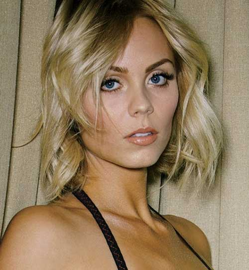 Laura Vandervoort Bob Haircut for Fine Hair