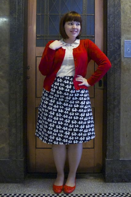 plus size women outfits with skirts (7)