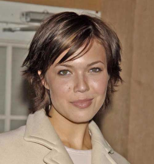 Mandy Moore Short Straight Casual Hairstyle