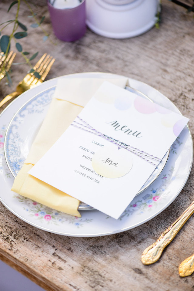 Pastel wedding place setting | The Veil Wedding Photography | see more on: http://burnettsboards.com/2015/05/whimsical-pastel-ombre-wedding-ideas/