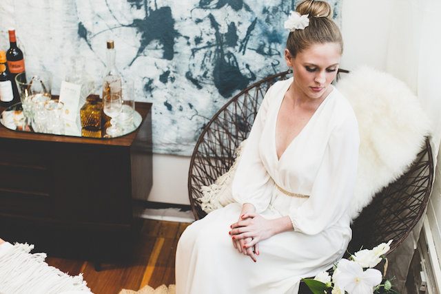 high bun hairstyle | Jason Wasinger Photography | see more on: http://burnettsboards.com/2015/05/painterly-chic/
