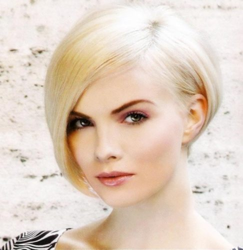 hairstyles For Short, Straight Hair6