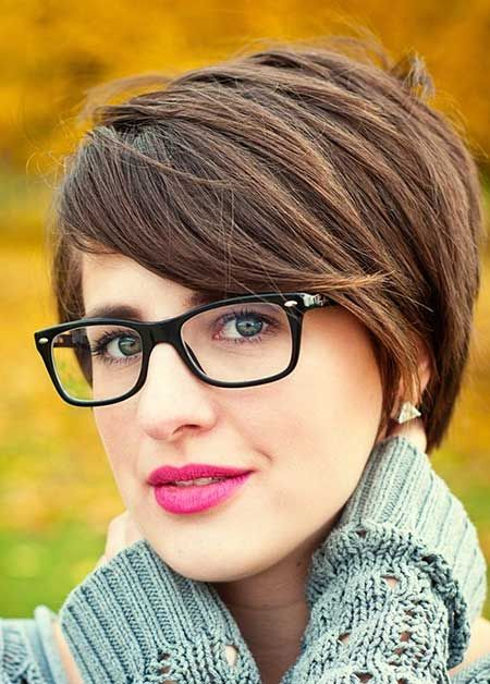 Short Pixie Haircut for Office Hairstyles