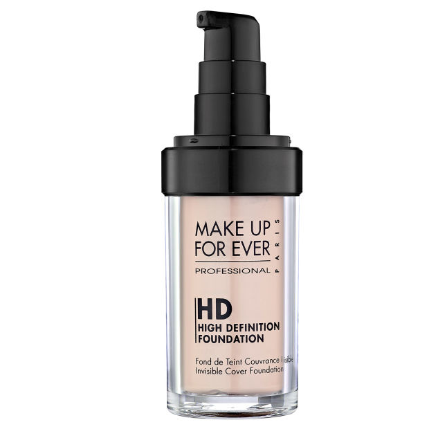 Make Up For Ever HD Invisible Cover Foundation.