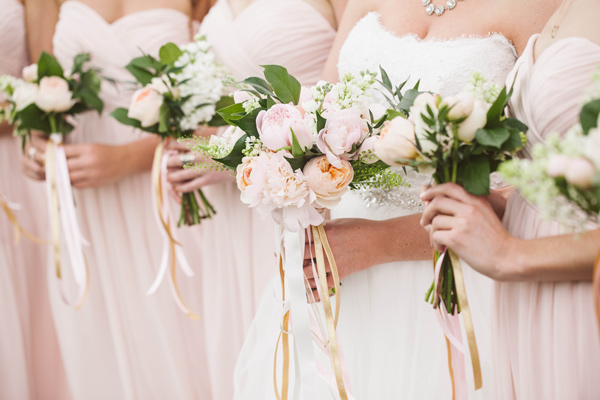 blush pink bouquets - photo by A Muse Photography http://ruffledblog.com/gold-glam-vineyard-wedding-in-virginia