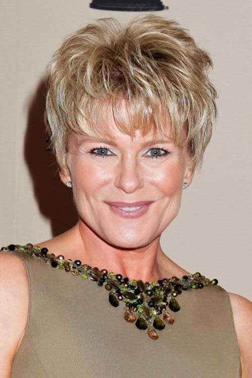 Best Pixie Haircuts for Older Women