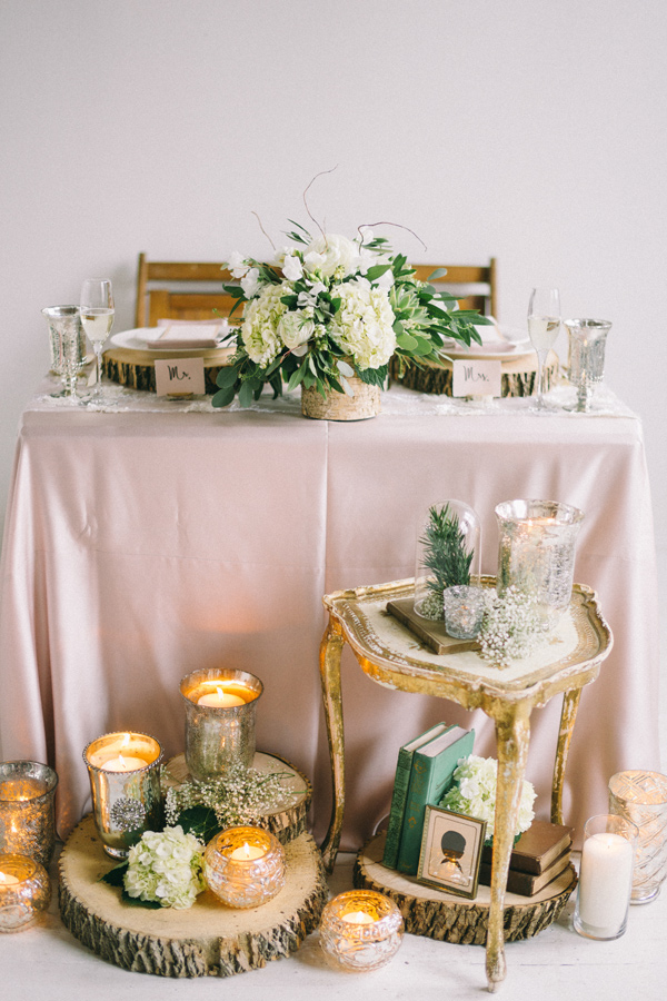 woodland meets feminine wedding - photo by Jaimee Morse http://ruffledblog.com/woodland-romance-wedding