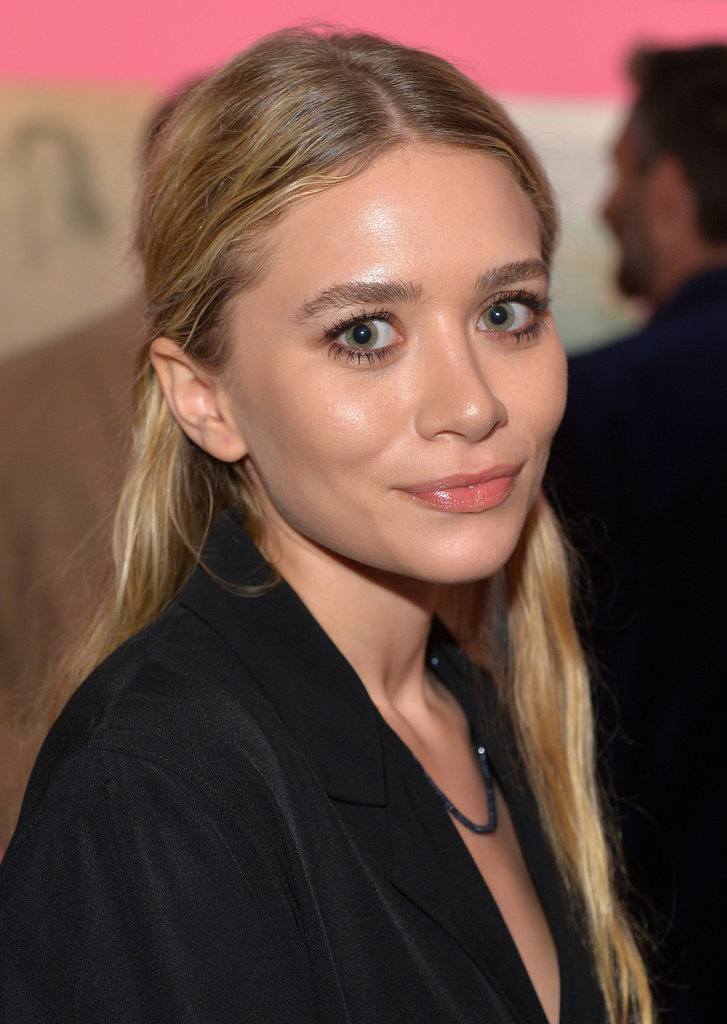 rare-appearance-from-Ashley-Olsen-saw-her-her-signature-style