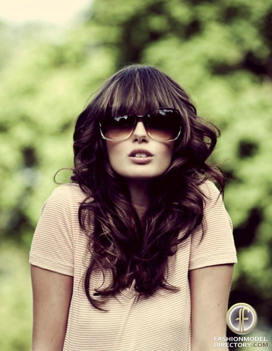 long-hairstyles-with-bangs-looks-6