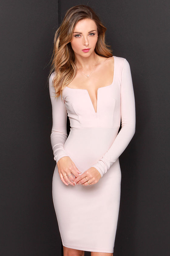 Low-cut little v-neck tight package hip dress