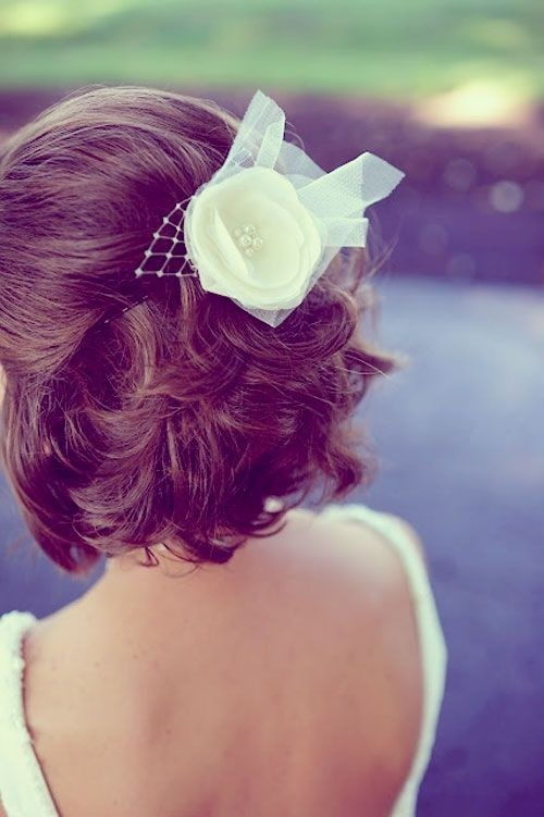 Short Bridesmaid Hairstyle with Flower