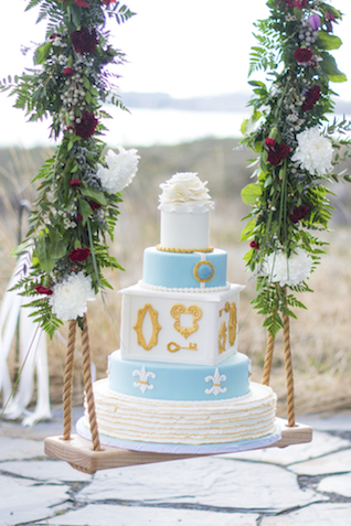 Wedding cake on a swing | Alisha Khan Photography | see more on: http://burnettsboards.com/2015/05/romance-chivalry-medieval-inspiration-shoot/