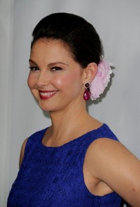 Ashley Judd 2015 Updo Hairstyles and Black Hair Color