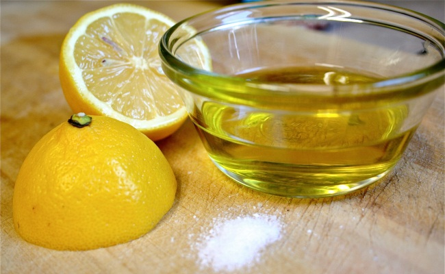 Oil And Lemon Juice
