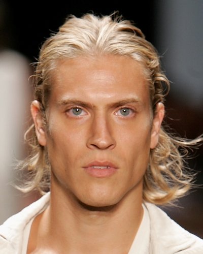 hairstyles for men with long hair11