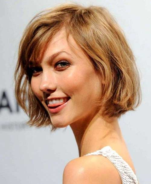 Karlie Kloss Cute Bob with Thin Bangs