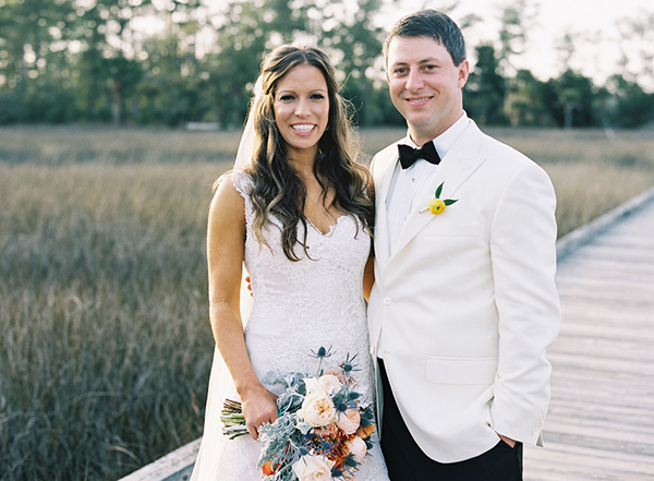 Charleston wedding with loads of bright colors - photo by Virgil Bunao http://ruffledblog.com/charleston-wedding-with-loads-of-bright-colors