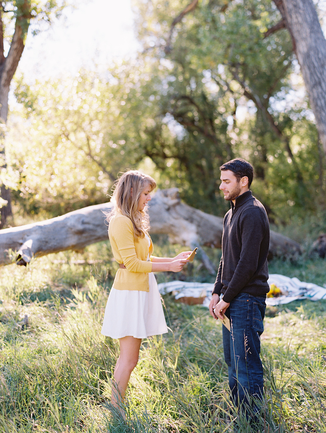 Love letters | Cassidy Brooke Photography | see more on: http://burnettsboards.com/2015/06/afternoon-adventure/