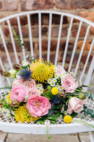 Colorful bridal bouquet | The Melideos + Kerry Ann Stokes | see more on: http://burnettsboards.com/2015/06/vintage-coney-island-wedding/