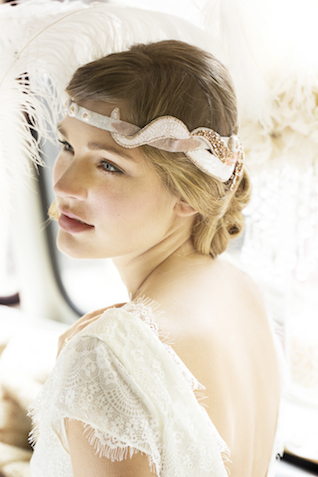 Vintage headpieces | Tausendschon Photographie | see more on: http://burnettsboards.com/2015/05/1930s-wedding-vintage-train/