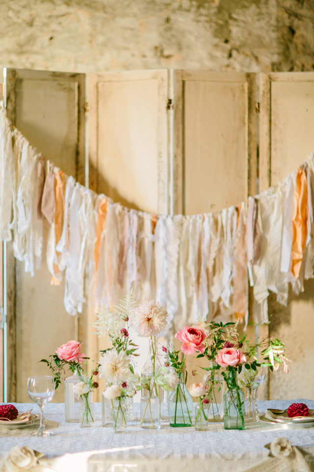 Fabric garland | Elyse Alexandria Photography | see more on: http://burnettsboards.com/2015/06/wedding-redo/