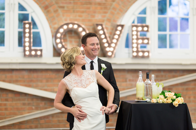 LOVE marquee sign | Cavin Elizabeth Photography | see more on: http://burnettsboards.com/2015/06/modern-wedding-black-white-seafoam/