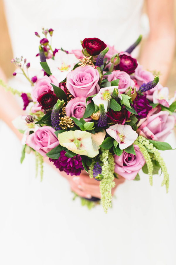 berry toned bouquet - photo by Erika Lynn Photography http://ruffledblog.com/berry-toned-spring-wedding-editorial