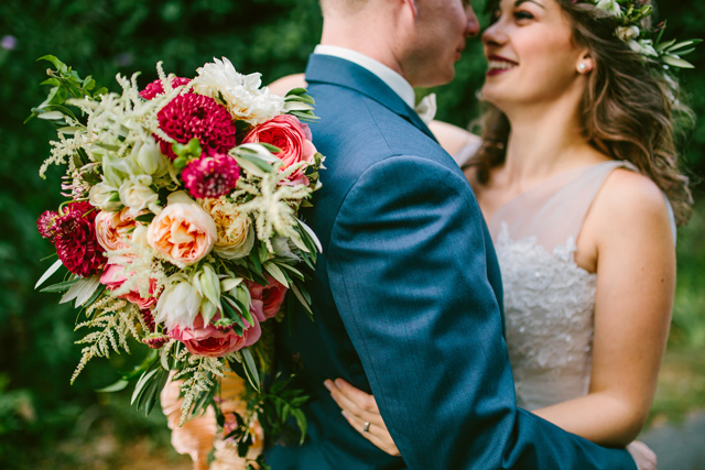 Bountiful bridal bouquet | Elyse Alexandria Photography | see more on: http://burnettsboards.com/2015/06/wedding-redo/