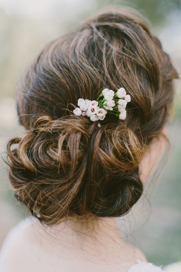 bridal updo - photo by Laura Goldenberger http://ruffledblog.com/palm-springs-wedding-for-a-creative-bride-and-groom
