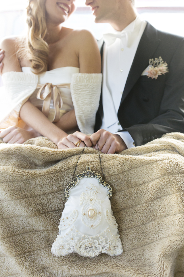 Vintage bridal handbag | Tausendschon Photographie | see more on: http://burnettsboards.com/2015/05/1930s-wedding-vintage-train/