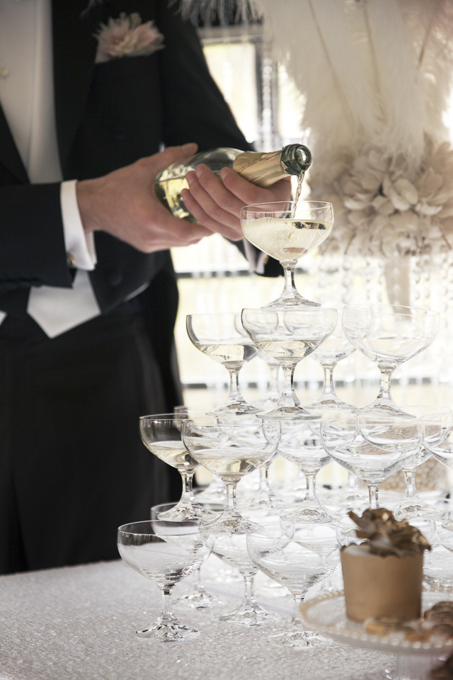 Champagne tower | Tausendschon Photographie | see more on: http://burnettsboards.com/2015/05/1930s-wedding-vintage-train/