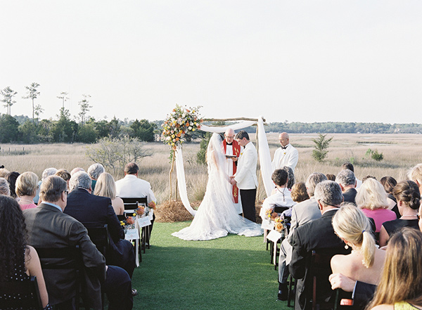 wedding ceremony - photo by Virgil Bunao http://ruffledblog.com/charleston-wedding-with-loads-of-bright-colors
