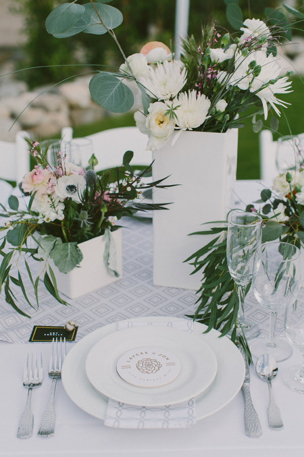 garden wedding tablescape - photo by Laura Goldenberger http://ruffledblog.com/palm-springs-wedding-for-a-creative-bride-and-groom