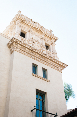 Balboa Park engagement shoot | Whiskers & Willow Photography | see more on: http://burnettsboards.com/2015/06/classic-san-diego-engagement-session/