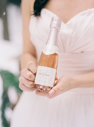 Blush champagne ⎪ Nikki Santerre Photography⎪see more on: http://burnettsboards.com/2015/07/pastel-pine/