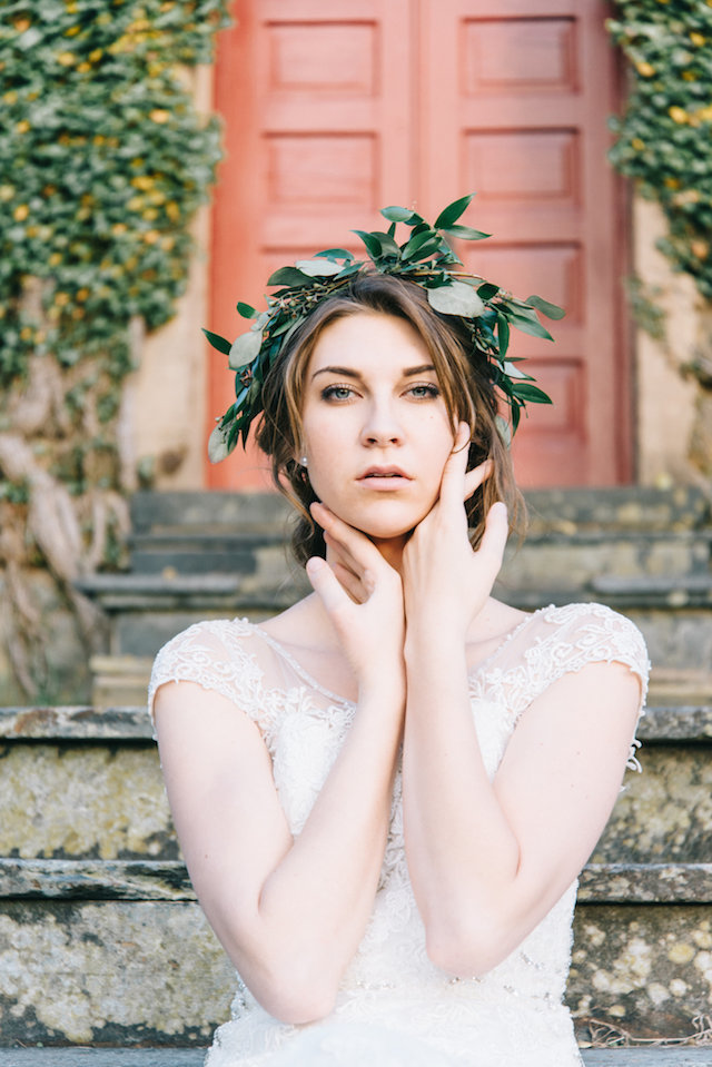 Greenery crown | Nicole Colwell Photography | see more on: http://burnettsboards.com/2015/07/ivy-bridal-session-planned-2-days/