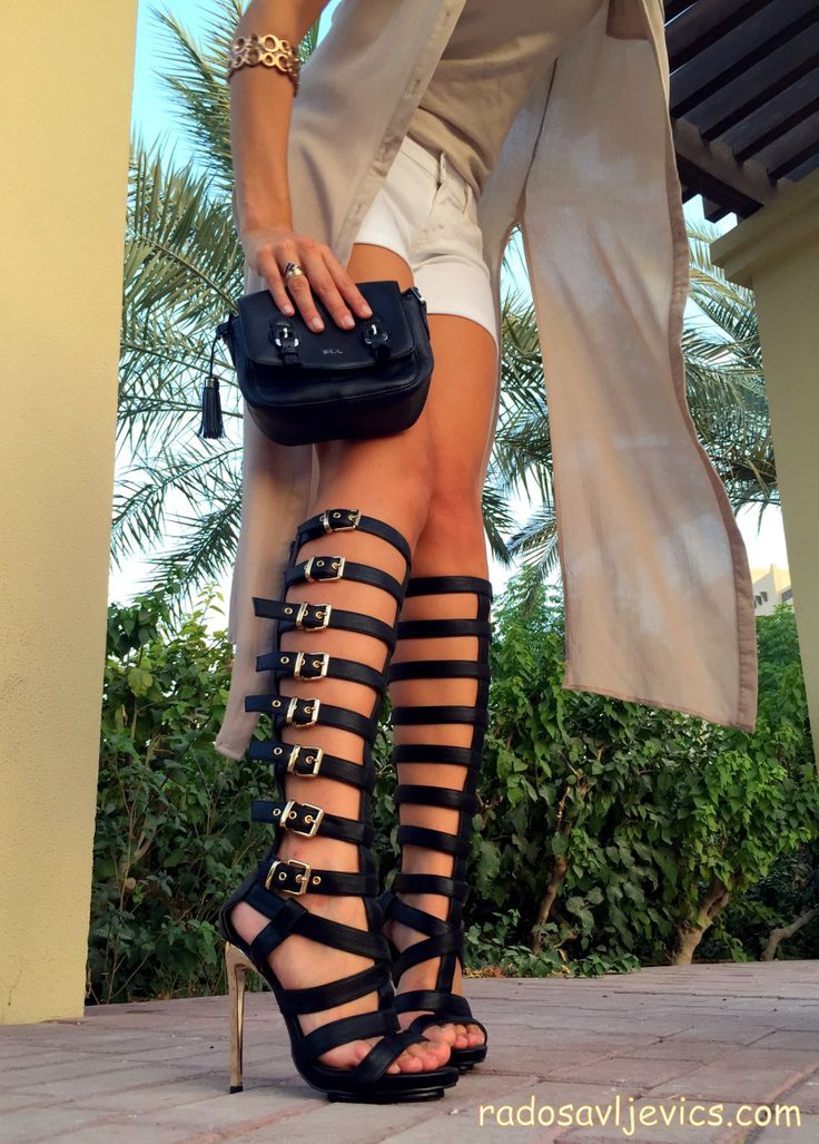 outfits with gladiator heels 15
