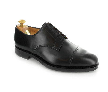 what is the difference between oxford and derby shoes