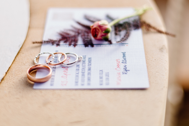 Rings and wedding invitation Something Blue – Wedding Photography | see more on: http://burnettsboards.com/2015/07/destination-wedding-mallorca-start-finish/