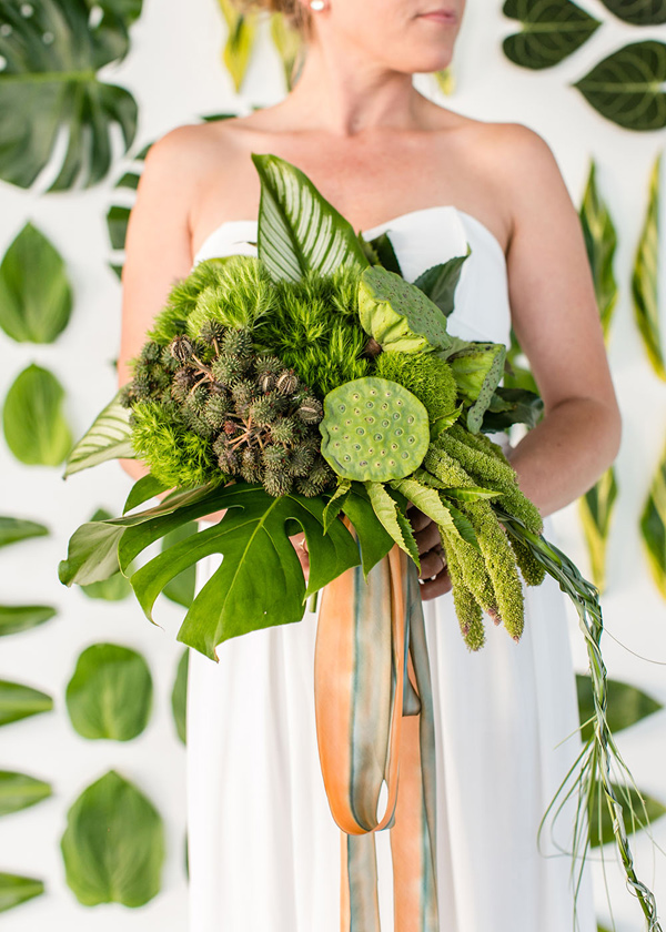 all green bouquet - photo by Jessica Lynne Photography http://ruffledblog.com/modern-los-angeles-wedding-shoot-with-greenery