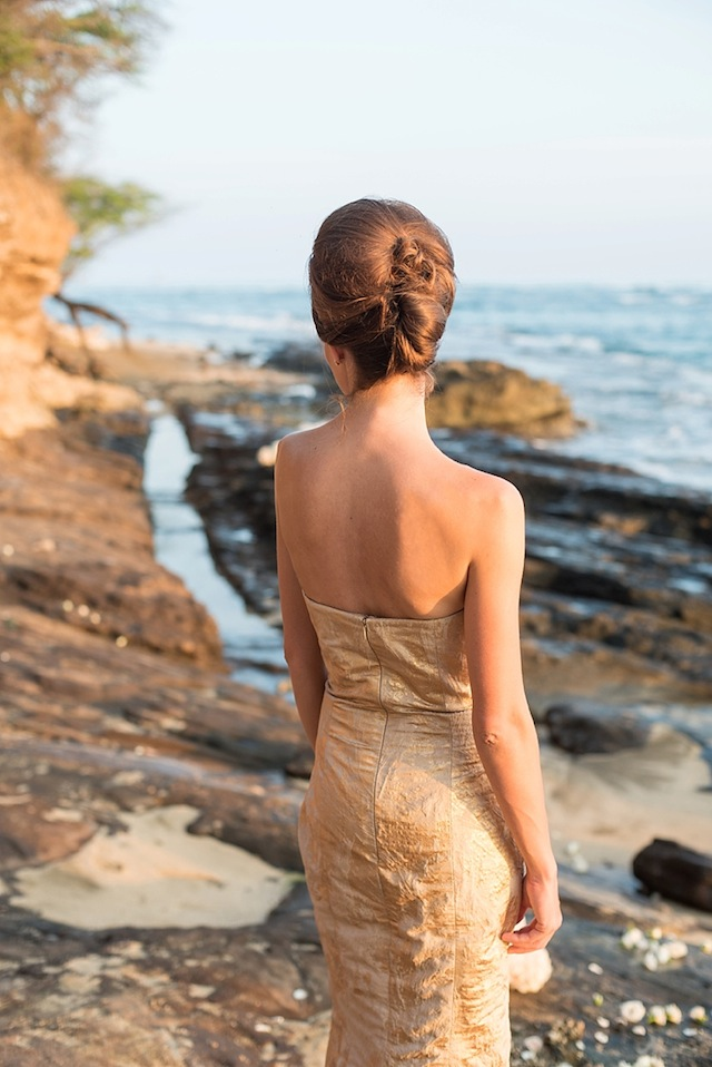 Glamorous updo ⎪Mikkel Paige Photography ⎪ see more on: http://burnettsboards.com/2015/07/lava-rock-bridals-hawaii/