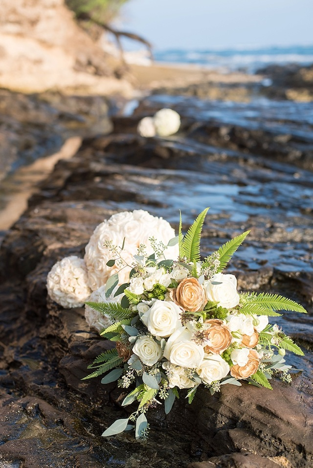 Gold, white and green bridal bouquet ⎪Mikkel Paige Photography ⎪ see more on: http://burnettsboards.com/2015/07/lava-rock-bridals-hawaii/