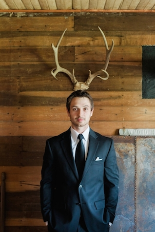 Groom's attire | Jessica Sparks Photography | see more on: http://burnettsboards.com/2015/07/southern-fairytale-engagement-session/