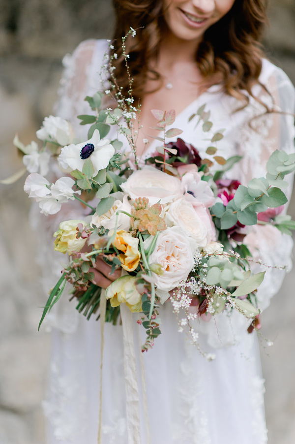 romantic mixed bouquet - photo by Nadia Meli http://ruffledblog.com/a-romantic-tuscany-elopement-workshop
