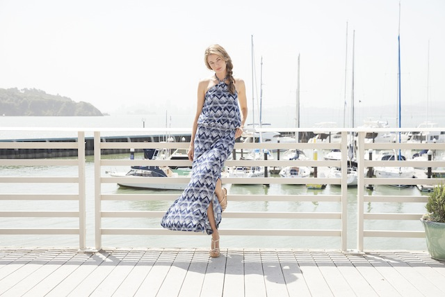 Honeymoon shopping made easy - a curated collection of clothes that's travel friendly and ready to go! 12 outfits for each collection: http://vacaystyle.com