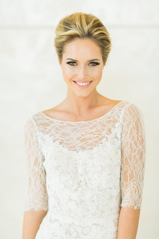 Lace sleeve wedding dress ⎪ Allen Tsai Photography ⎪ see more on: http://burnettsboards.com/2015/07/kate-spade-inspired-bridesmaids-luncheon/
